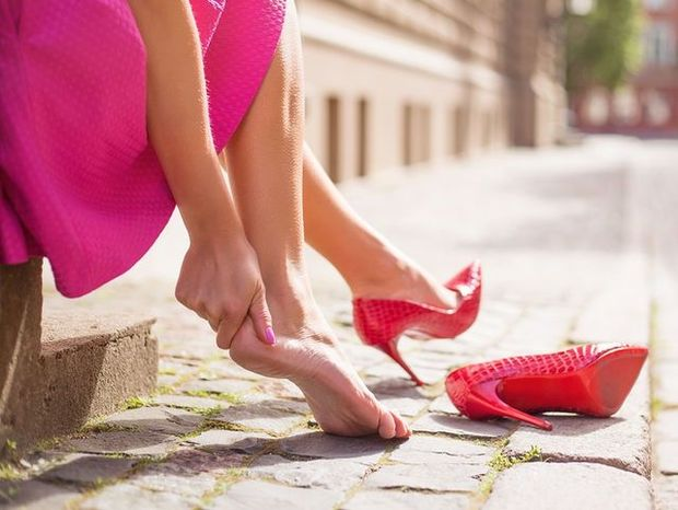 Φουσκάλα στο πόδι: Πώς να την εξαφανίσετε άμεσα