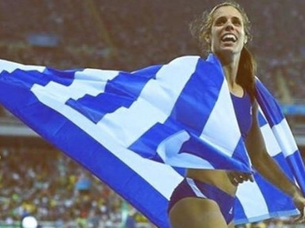 Η Στεφανίδη «τρέλανε» την ελληνική σόουμπιζ! Δείτε τι ανέβασαν οι celebrities στα social media!