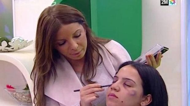 Μαρόκο: Εκπομπή δείχνει στις γυναίκες πώς να καλύπτουν τις μελανιές από βία με μεικάπ