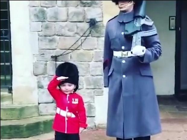 Του έκαναν το καλύτερο δώρο γενεθλίων που μπορούσε να φανταστεί! (video)