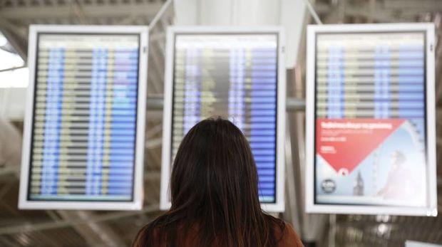 Ταξιδεύετε με αεροπλάνο; Διαβάστε οκτώ συμβουλές που αφορούν τα δικαιώματά σας