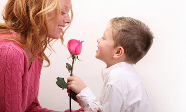 Είκοσι καλοί τρόποι που πρέπει να διδάξετε στα παιδιά, από νωρίς