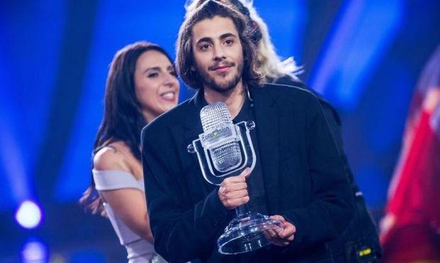 Διασωληνωμένος ο νικητής της Eurovision