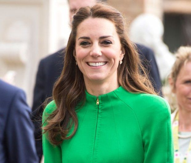 Η Kate Middleton είναι έγκυος σε δίδυμα και διαλέγει ήδη ονόματα