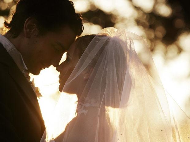 Ποια γαμήλια τελετή ταιριάζει «γάντι» στις νύφες του ζωδιακού;
