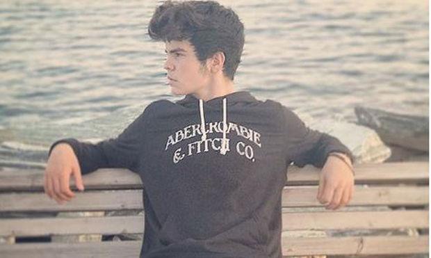 Ο Άγγελος Λάτσιος λίγες ημέρες μετά τα 15α του γενέθλια «ξαναχτυπάει» με νέα φωτό στο instagram