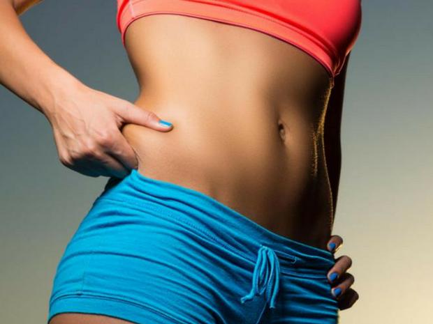 Θέλεις να εξαφανίσεις το λίπος από την κοιλίτσα; Βρήκαμε τις ιδανικές ασκήσεις