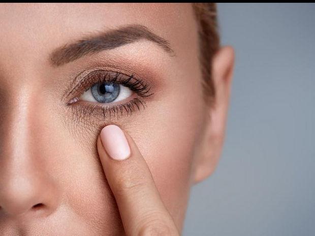 Πώς θα κάνεις τα μάτια σου να δείχνουν μεγαλύτερα σε 6 βήματα