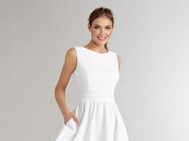 7 τρόποι να φορέσεις το λευκό φόρεμα