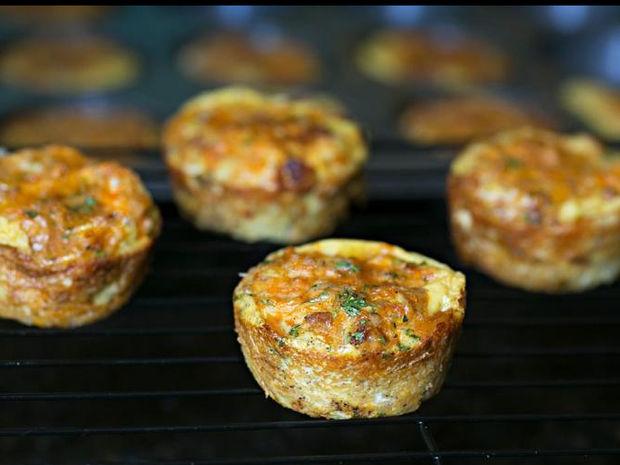 Muffins με κοτόπουλο, κιμά και βρώμη