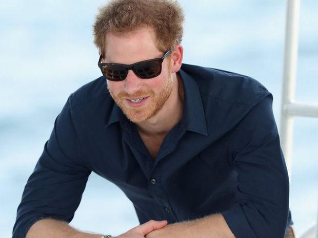 Ποιά Βεατρίκη; Ο πρίγκιπας Harry έχει Instagram account και μόλις το μάθαμε