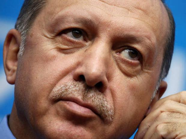 Ολοταχώς προς χρεοκοπία οδεύει η Τουρκία - Μετανιώνουν πικρά οι Τούρκοι που ψήφισαν τον Ερντογάν