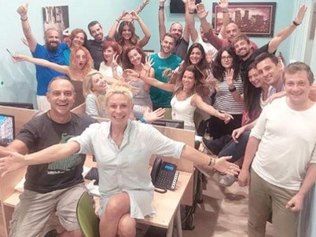 Καραβάτου-Κατσούλης: H πρώτη σύσκεψη με την ομάδα «Στη φωλιά των Κου Κου» και το απολαυστικό βίντεο!