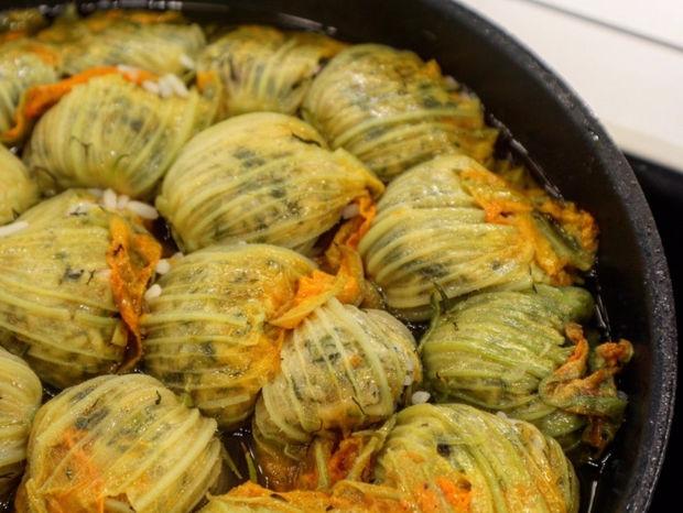 Η συνταγή της ημέρας: Κολοκυθοανθοί γεμιστοί