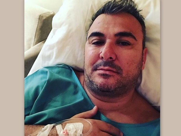 Στο νοσοκομείο ο Αντώνης Ρέμος – Η φωτογραφία στο Instagram