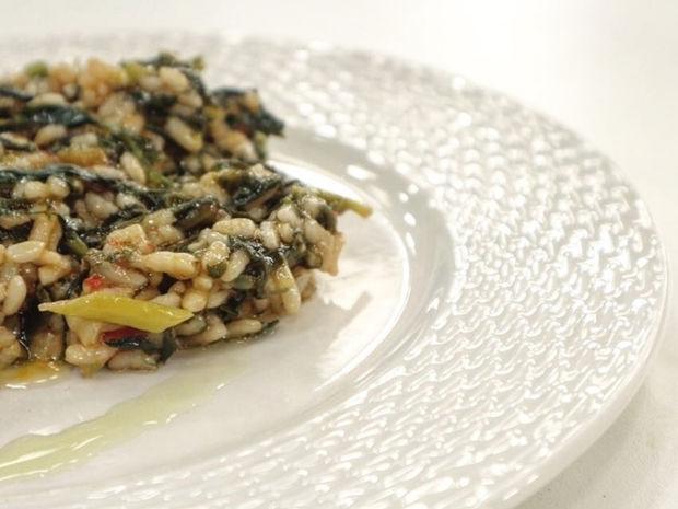 Συνταγή για τέλειο σπανακόρυζο από τον Γιώργο Τσούλη