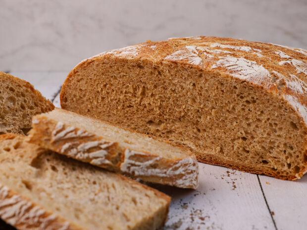 Εύκολο λευκό ψωμί. Μπορείς να το κάνεις κι εσύ!