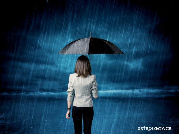 Ονειροκρίτης: Είδες στον ύπνο σου ότι κρατάς ομπρέλλα;