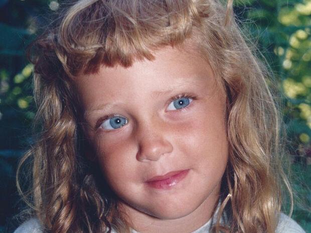 Ποια αγαπημένη σου διάσημη είναι το κοριτσάκι της φωτογραφίας;