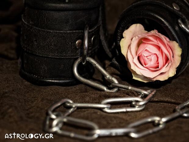 Ζώδια Σήμερα 10/04: Αγάπες, έρωτες και πλαίσια