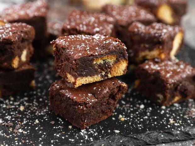 Brownies με τσουρέκι