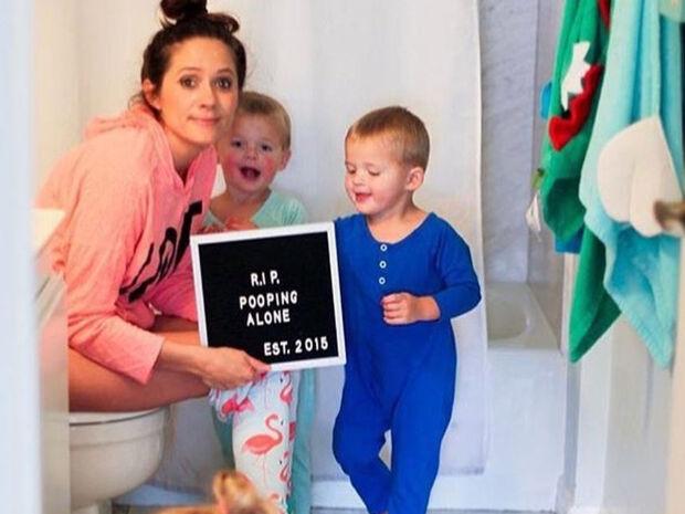 Αυτή η μαμά έχει χιούμορ! Δε φαντάζεστε τι σημείωμα κόλλησε στην πόρτα του μπάνιου (pics)