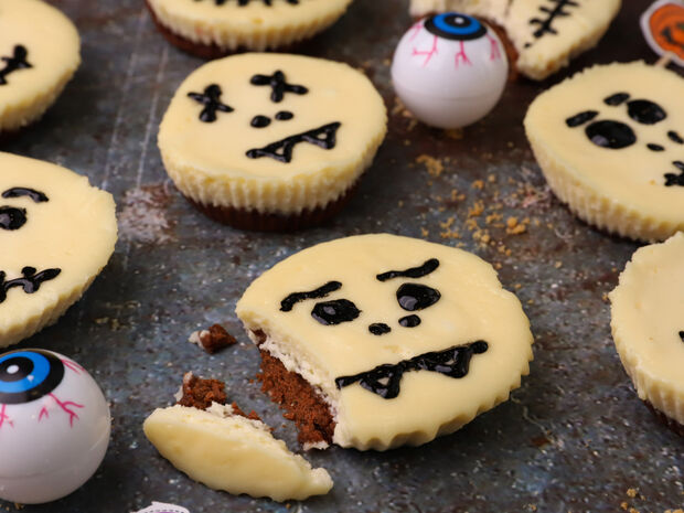Ατομικά halloween cheesecake