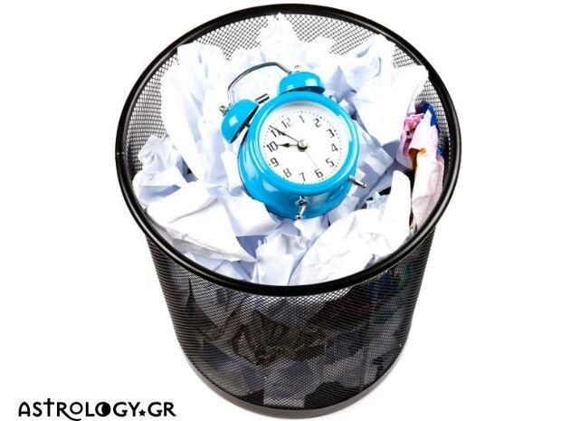 Ζώδια Σήμερα 16/11: Μη σπαταλάς το χρόνο σου!