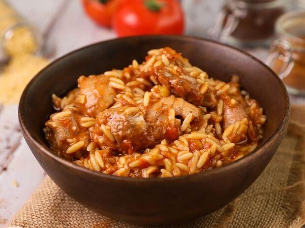 Συνταγή για γιουβέτσι με κοτόπουλο από τον Γιώργο Τσούλη