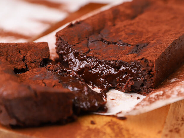 Συνταγή για chocolate lava cake από τον Γιώργο Τσούλη