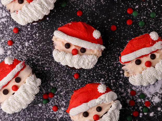 Συνταγή για cupcake Άγιος Βασίλης από τον Γιώργο Τσούλη
