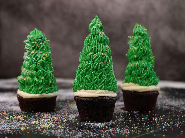 Συνταγή για cupcake χριστουγεννιάτικο δέντρο από τον Γιώργο Τσούλη