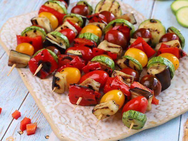 Συνταγή για σουβλάκια λαχανικών από τον Γιώργο Τσούλη