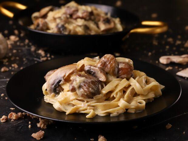 Συνταγή του Γιώργου Τσούλη για ταλιατέλες με μανιτάρια και κάστανο