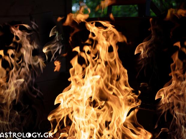 Ζώδια Σήμερα 21/01: Μια φούντωση, μια φλόγα