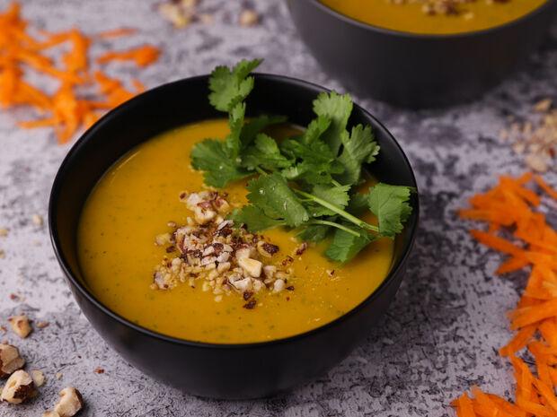 Σούπα με καρότο, πατάτες και κόλιανδρο
