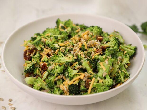 Συνταγή για σαλάτα με μπρόκολο από τον Γιώργο Τσούλη