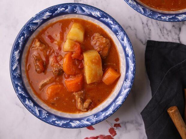 Συνταγή για σούπα Γκούλας (Goulash) από τον Γιώργο Τσούλη