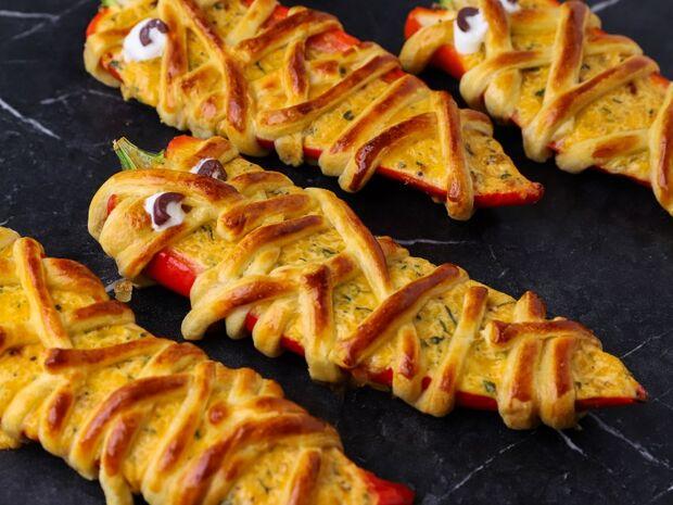 Συνταγή για πιπεριές τυλιγμένες με ζύμη σφολιάτας από τον Γιώργο Τσούλη