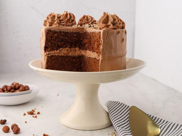 Συνταγή για τούρτα με καφέ και φουντούκια από τον Γιώργο Τσούλη