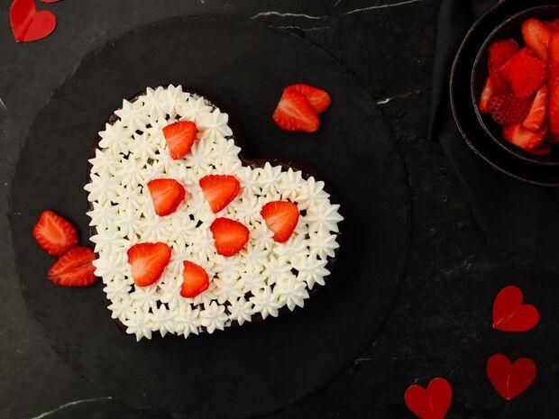 Love cake από τον Γιώργο Τσούλη