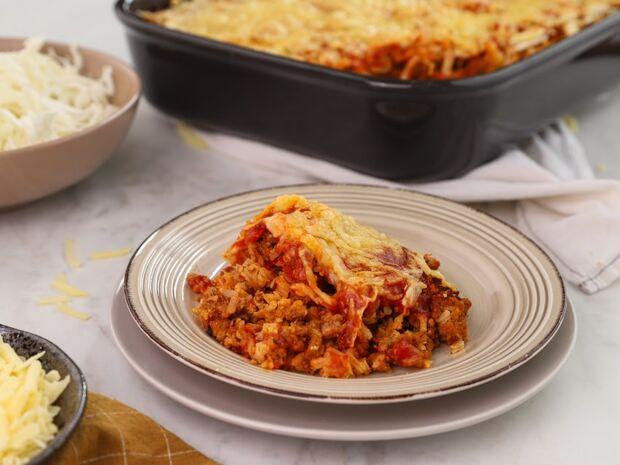 Λαχανόρυζο με κιμά στο φούρνο από τον Γιώργο Τσούλη