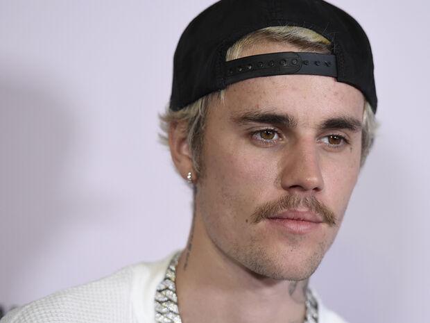 Ραγίζει καρδιές ο Justin Bieber για την Billie Eilish: «Απλώς θέλω να την προστατέψω» (+video)