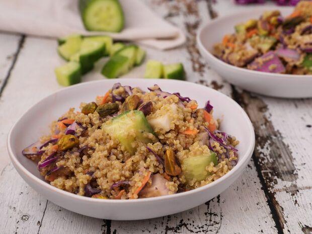 Σαλάτα με κινόα και λαχανικά από τον Γιώργο Τσούλη