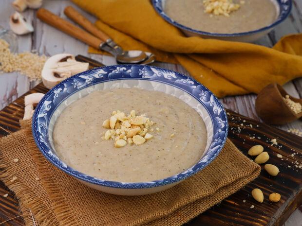 Σούπα τραχανά με μανιτάρια από τον Γιώργο Τσούλη