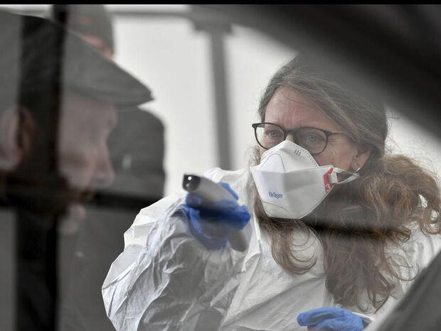 Κοροναϊός στην Ελλάδα: Στα 99 πλέον τα επιβεβαιωμένα κρούσματα - 10 νέα ανακοινώθηκαν σήμερα (11/03)