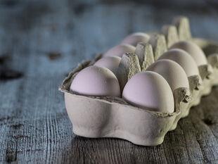 Έπαθαν σοκ σε σούπερμαρκετ - Δείτε τι εμφανίστηκε στα αυγά (video)