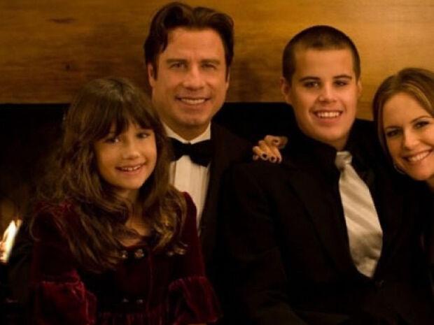 Η κατάρα του John Travolta: Θάνατοι, σκάνδαλα και Σαϊεντολογία (photos)