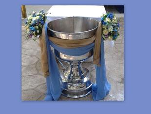 Λαμπερή βάπτιση στην ελληνική showbiz – Οι πρώτες εικόνες
