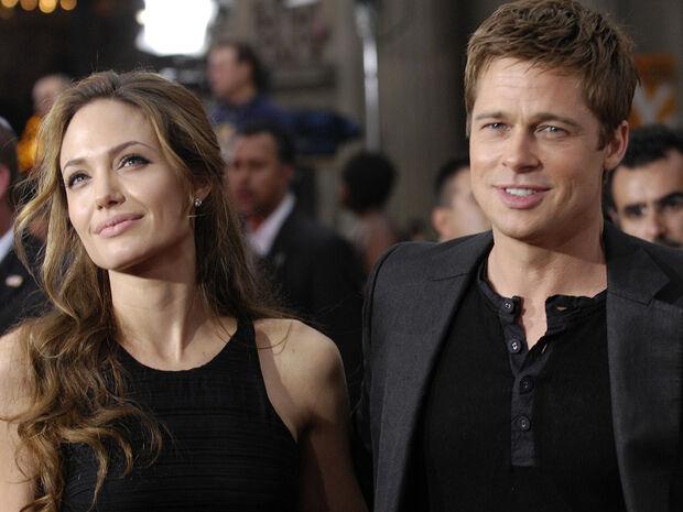 Η Angelina Jolie παρακαλάει τον Brad Pitt, και ο λόγος είναι σοβαρός (photos)